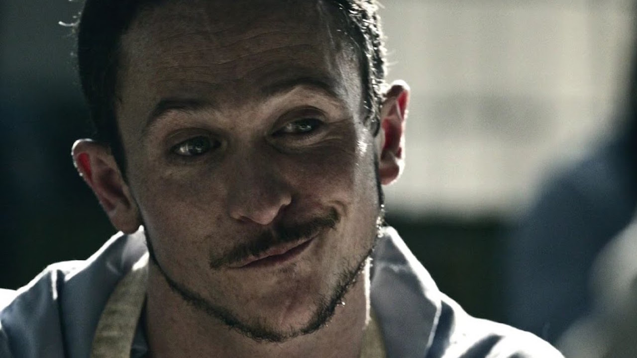 Major Craddock (Jonathan Tucker)